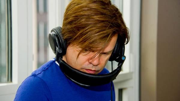 6 Mix 2012-02-19 Paul Oakenfold