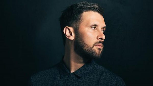 Annie Mac 2017-12-01 Danny Howard sits in with a Moments Mix
