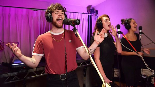 Annie Mac 2017-12-05 Tom Grennan Live Gig