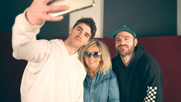 Annie Nightingale 2017-04-05 The Chainsmokers Special + Boys Noize and Stanton Warriors mixes