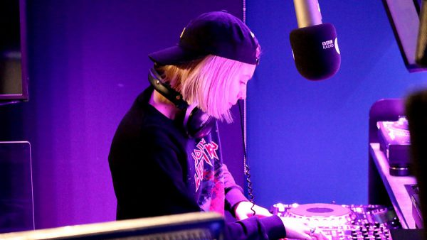 B.Traits 2017-04-01 Man Power, Get Physical and April Fuel