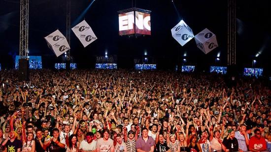 BBC Radio 1 Essential Mix 2012-09-01 with Avicii, Loadstar and Richie Hawtin