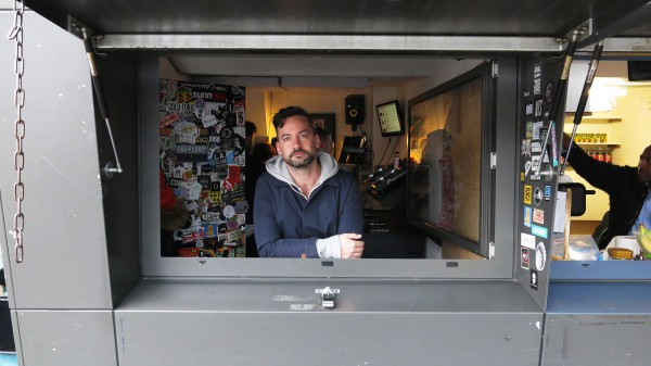Bonobo presents Outlier Radio on NTS Radio 2015-12-18