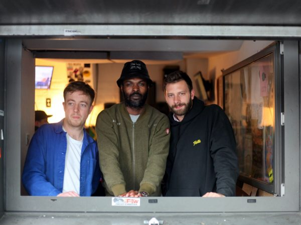 Mount Kimbie Transatlantic Residency with Actress & Oumou Sangare on NTS Radio 2017-05-17
