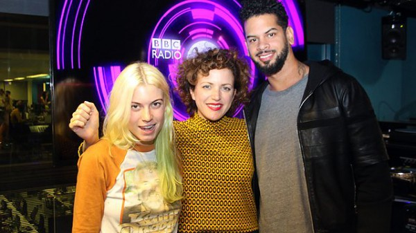 Annie Mac 2014-11-14 SpectraSoul Mini Mix & Pleasure State Special Delivery