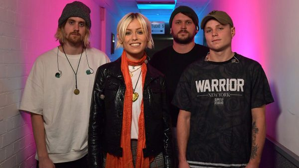 Annie Mac 2018-03-20 Tonight Alive Live Gig and Louis The Child Hottest Record