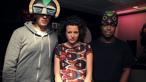 Annie Mac Mashup 2012-01-06 SBTRKT in the Live Lounge + minimix from Ben Westbeech