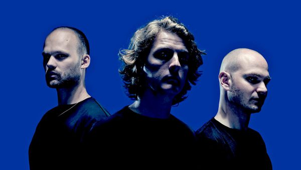 Annie Nightingale 2016-09-14 Noisia Quest mix + guest mix from Mason