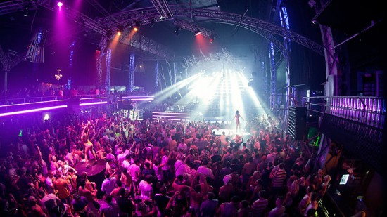 BBC Radio 1 Essential Mix 2012-08-11 live at Cream, Privilege with Chase and Status, Sebastian Ingrosso, Benny Benassi and Pete Tong
