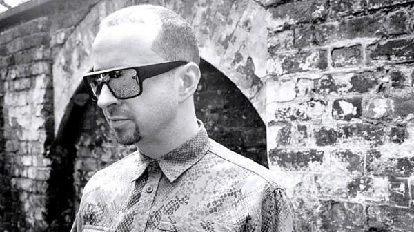Benji B Exploring future beats 2014-10-30 Kode 9 in the studio
