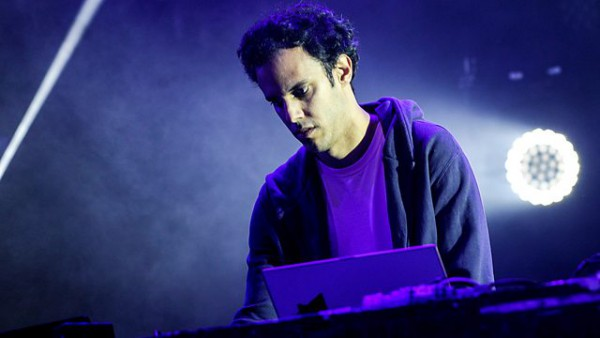 Benji B Exploring future beats 2015-07-23 Four Tet sits in with Caribou and Floating Points