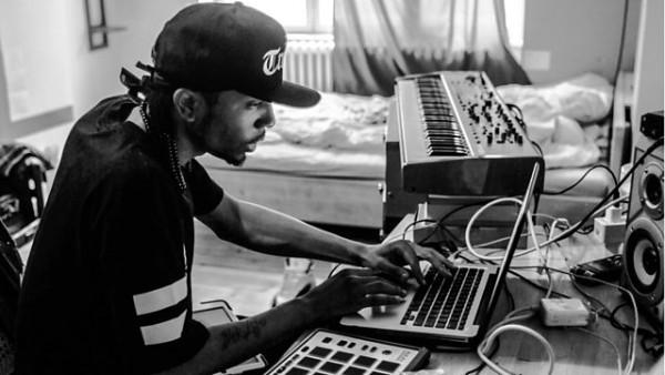 Benji B Exploring future beats 2015-08-20 DJ Spinn in the mix