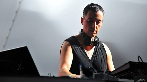 Dubfire - BBC Radio 1 Essential Mix 2013-12-28 [Classic] Annie Nightingale's choice