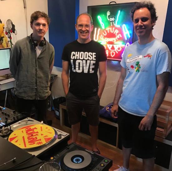 Four Tet b2b Daphni b2b Ben UFO - Friendly Futures Radio, Dublab 2017-04-19