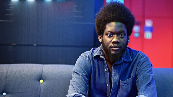 Jarvis Cockers Sunday Service 2017-02-05 Michael Kiwanuka sits in