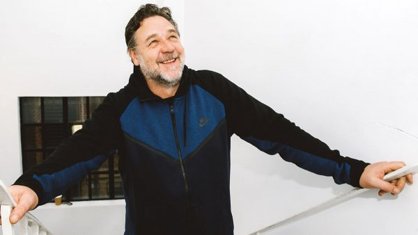 Jarvis Cockers Sunday Service 2017-11-12 Russell Crowe sits in