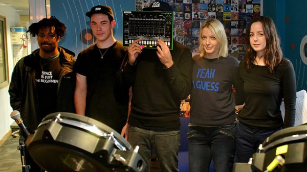 Lauren Laverne on 6 Music 2014-12-10 with SBTRKT live in session