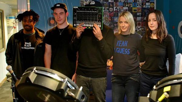 Lauren Laverne on 6 Music 2014-12-10 with SBTRKT live in session