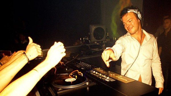 Pete Tong – BBC Radio 1 Essential Mix 2013-12-25 First ever Essential Mix [Classic]