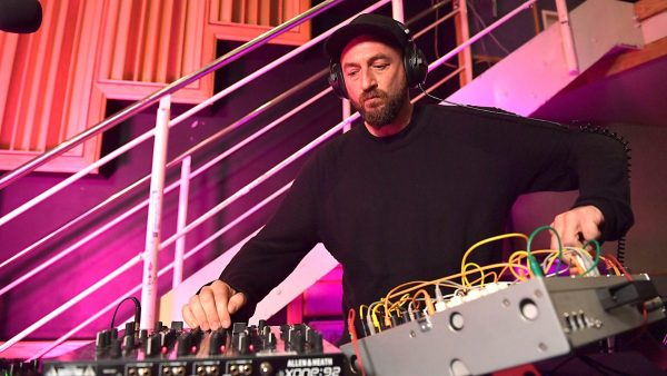 Pete Tong 2017-10-20 Live Dance Music Month - Damian Lazarus and The Ancient Moons
