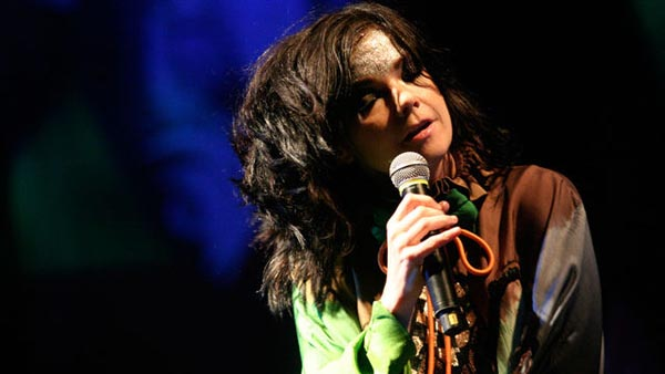 The First Time With... 2011-12-30 Bjork (6 Music)