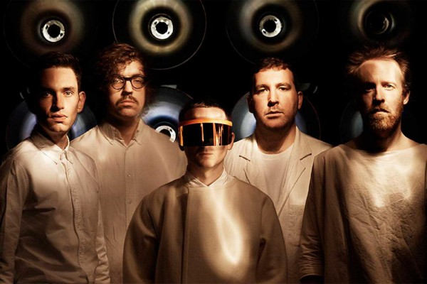 Jarvis Cockers Sunday Service 2015-07-26 Hot Chip sit in